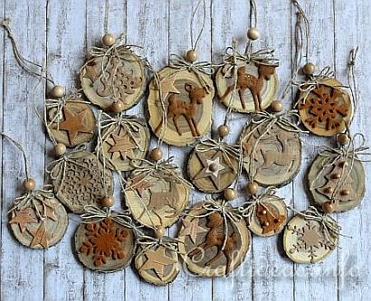Natural_Ornaments_Crafted_From_Wooden_Branch_Slices_1.jpg